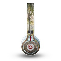The Vivia Colored Sunny Forrest Skin for the Beats by Dre Mixr Headphones