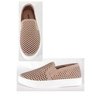 Perforated flat heel sneakers