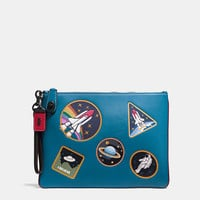 Turnlock Wristlet 30 in Glovetanned Leather With Space Patches
