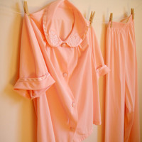 Vintage. 60s. Pink Pajama Set. Peter Pan Collar. Short Sleeves. Sleepwear. Adorable. Sweet. Romantic. PJs. Medium Large