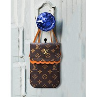 Louis Vuitton New Joker Simple Fashion Vertical Shoulder Messenger Bag Change Pouch 4#