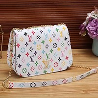 Louis Vuitton Classic LV Letter Check Print Fashion Ladies One Shoulder Messenger Bag