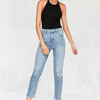 BDG Girlfriend High-Rise Jean - Rinsed Denim Slash - Urban Outfitters
