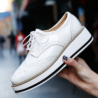 Women Platform Shoes Woman Brogue Patent Leather Flats Lace Up Creepers Female Flat Oxford Shoes For Women