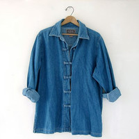 STOREWIDE SALE...vintage blue denim jean shirt. kimono styled shirt.