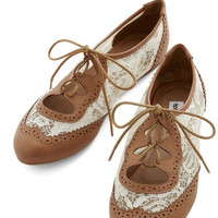 ModCloth Vintage Inspired Twee and Easy Flat in Caramel
