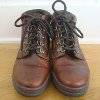 80s 90s Timberland Boots / Vintage Ankle Boots / Brown Leather Booties / 8.5