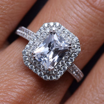 2 Carats Emerald Cut Sterling Silver and Cubic Zirconia Wedding Ring Engagment Band