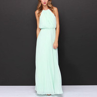 Green Beach Plain Halter Chiffon Maxi Dress