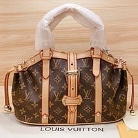 Hipgirls LV New fashion monogram print leather handbag shoulder bag crossbody bag Coffee