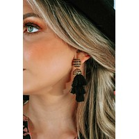 Oh So Pretty Earrings: Black/Gold