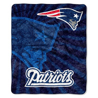 New England Patriots NFL Sherpa Throw (Strobe Series) (50in x 60in)