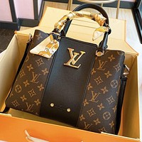 LV Louis Vuitton Fashion Hot Sale Women's Letter Print Stitched Tote Bag Shoulder Bag