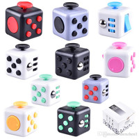 Magic Fidget Cube Anti-anxiety Decompression Toy Adults Stress Relief Kids Toy Gift 11 Colors children gift OTH331