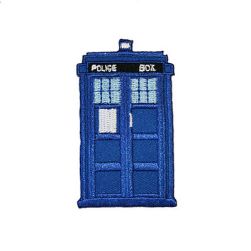 TARDIS Iron On Patch Embroidery Sewing DIY Customise Denim Cotton Doctor Who Nerd Geek Police Box