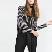 TOP WITH SIDE STRIPE