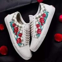 Vans Woman Fashion Embroidered Flower Sneakers Sport Shoes