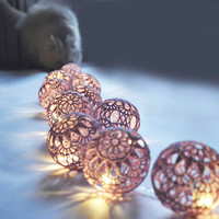 String Lights,Fairy Lights Wedding LED Lights, Party Lighting, Bedroom Decor lamps, 20 Lilac Lace Crocheted balls, garland light