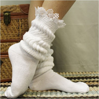 CUDDLY BUNNY  lace slouch socks - white