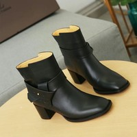 Louis Vuitton LV  leather black Star Trail Monogram Silhouette Ankle Boot Zipper Lace-up Ankle high heels shoes Flats Best Quality