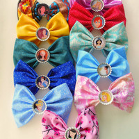 Hair bow / disney princess hair bow set / princess bow / disney / tangled / sleeping beauty / disney hair bow / tiana / belle / cinderella