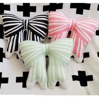 Striped Bow Pillow Baby Toys Stuffed Throw Pillow Cushion for Kids Baby Bedroom Decration