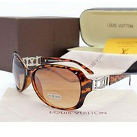 Louis Vuitton LV Woman Men Fashion Summer Sun Shades Eyeglasses Glasses Sunglasses-29