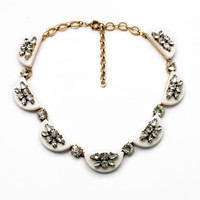 Scalloped Beauty Necklace