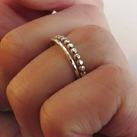 Set of 2 Stacking Rings - Dotted 2mm Ring & 1,2mm Hammered Ring - Trendy Sterling Silver Rings