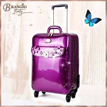 Floral Sparx Light Weight Spinner Luggage