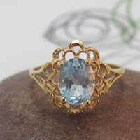 Vintage Aquamarine gold filigree ring ice blue size 8