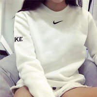 NIKE Fashion Knit Logo Pullover Tops Sweater Sweatshirts White