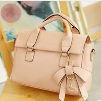 perfect dimensional bow handbag from Fashion Accessories Store