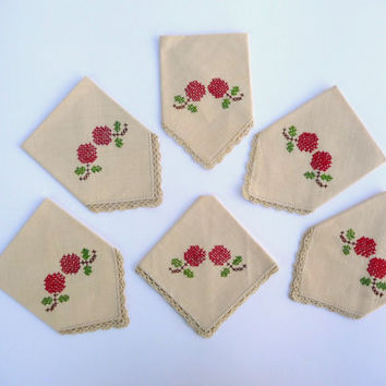 Six Vintage Linen Embroidered Napkins - Handmade