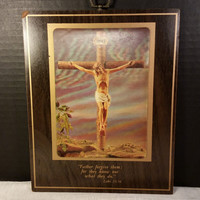 Crucifix Holographic Plaque with Bible Verse Small Religious Art Picture Jesus Crucifix Wooden Plaque Holograph Picture Back a Personal Note