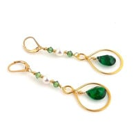 Emerald Green and Gold Infinity Dangle Earrings, Beaded Earrings, Fashion Earrings, Holiday Jewelry, Gifts for Her, Women's Jewelry