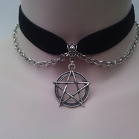 Tibetan Silver Large PENTAGRAM Pentacle Star by TwirlyTrinkets