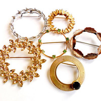Vintage Circle Brooch Lot - Wreath Broach Pin Collection - Rhinestone Glass - Copper Silver Gold - Brooch Bouquet - Wedding Supplies