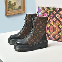 lv louis vuitton trending womens men leather side zip lace up ankle boots shoes high boots 26
