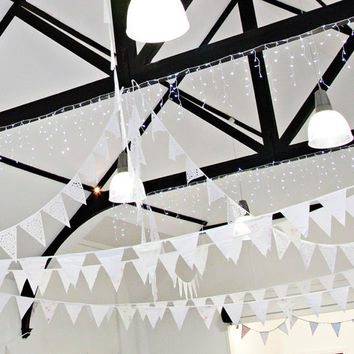 Romantic lace garland, perfect white wedding decoration