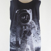 Astronaut Shirt -- Spatial mask Space Shirt Iron Mask Astronaut T-Shirt White T-Shirt Women Tank Top Tunic Vest Sleeveless Singlet Size M