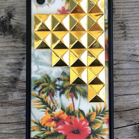 Vintage Hawaiian Gold Studded Pyramid iPhone 4/4s Case - iPhone 4/4s