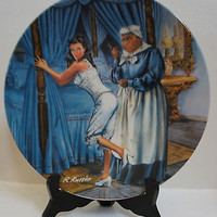 Knowles China Limited 1982 Gone with the Wind 5th Issue - Mammy Lacing Scarlett
