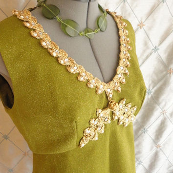 ON SALE 60s Top // Vintage 1960s Avocado Green Gold Sparkle Top with Gold Trim  Sleeveless Size L