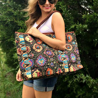 Weekend Getaway Tote in Floral