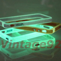 One Glow-in-the-dark Iphone 4 4S 4G IP4 Bumper Case Party Disco $