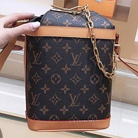 LV Louis Vuitton New fashion monogram print leather chain shoulder bag crossbody bag bucket bag
