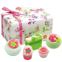 Three Little Birds Gift Pack - Best Sellers | Bomb Cosmetics