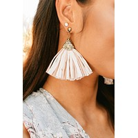 Catch You If You Fall Drop Earrings (Mauve)