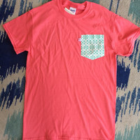 Simply Southern Pocket Tee Pink - Mint Lattice